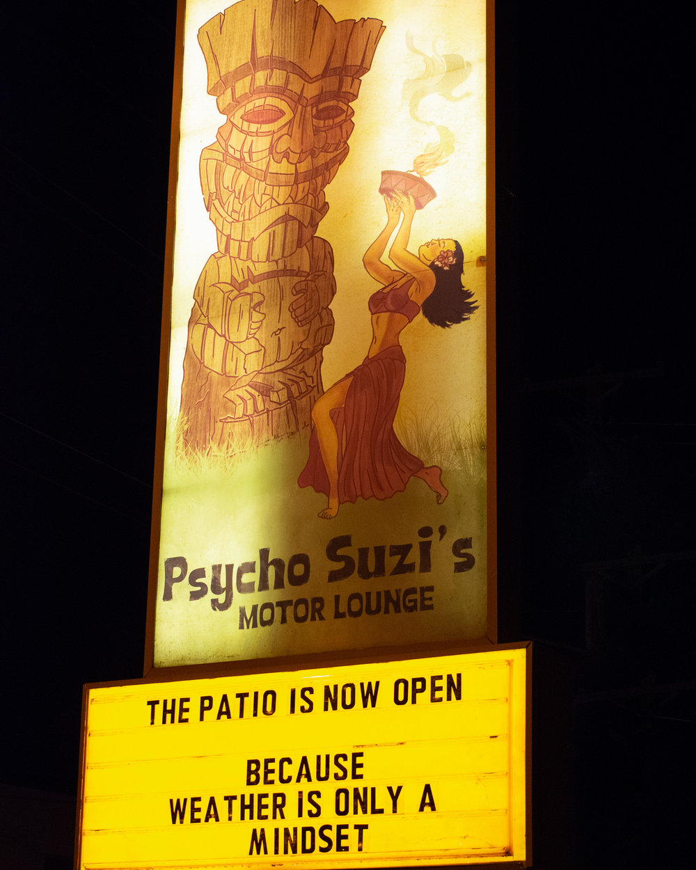 uprooted-traveler-psycho-suzis-minneapolis-st-paul-tiki-sign-motor-lounge.jpg