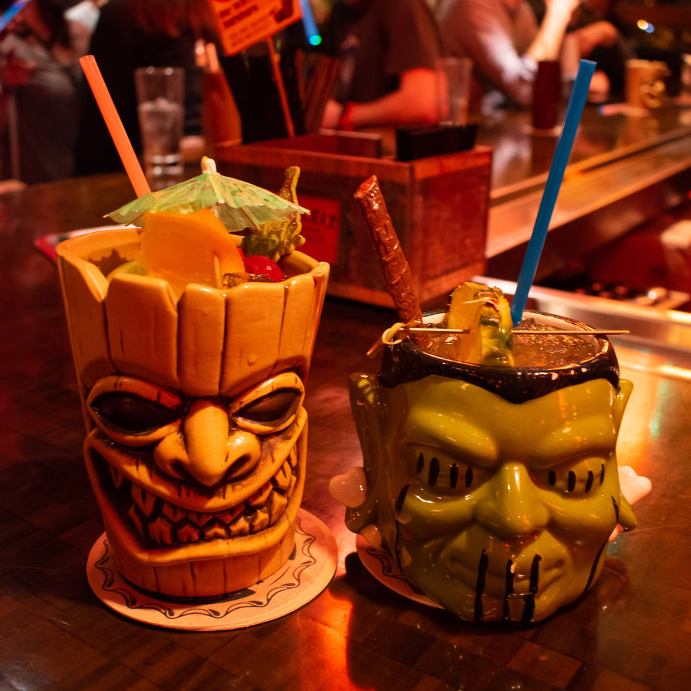 uprooted-traveler-psycho-suzis-minneapolis-st-paul-tiki-drinks-motor-lounge.jpg