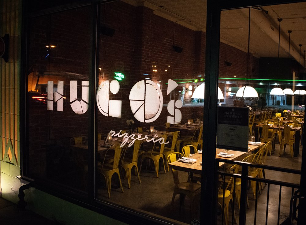 Uprooted-Traveler-Hugo's-Pizzeria-St-Louis-vegan-pizza-exterior.jpg