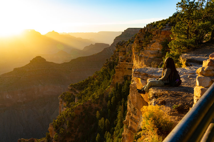uprooted-traveler-arizona-yavapai-point-sunrise-grand-canyon-southwest.jpg