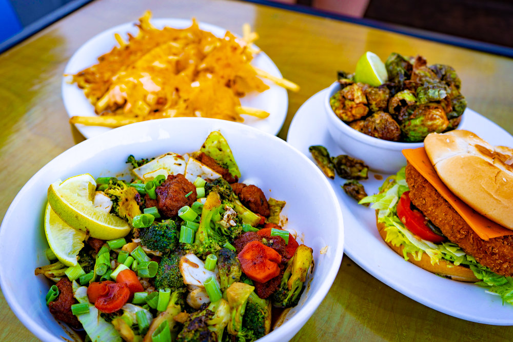 uprooted-traveler-arizona-phoenix-green-new-american-restaurant-sesame-dragon-bowl.jpg