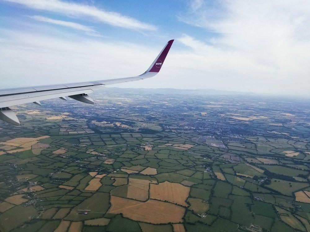 uprooted-traveler-dublin-vegan-guide-48-hours-plane-ireland.jpg