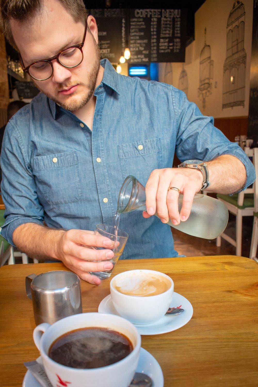 uprooted-traveler-dublin-ireland-cafe-apertivo-vegan-guide-breakfast-temple-bar.jpg