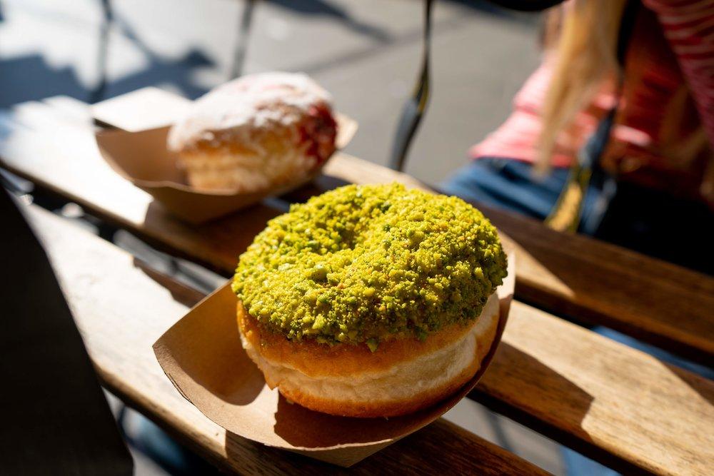 uprooted-traveler-dublin-ireland-pistachio-vanilla-donut-vegan-guide.jpg