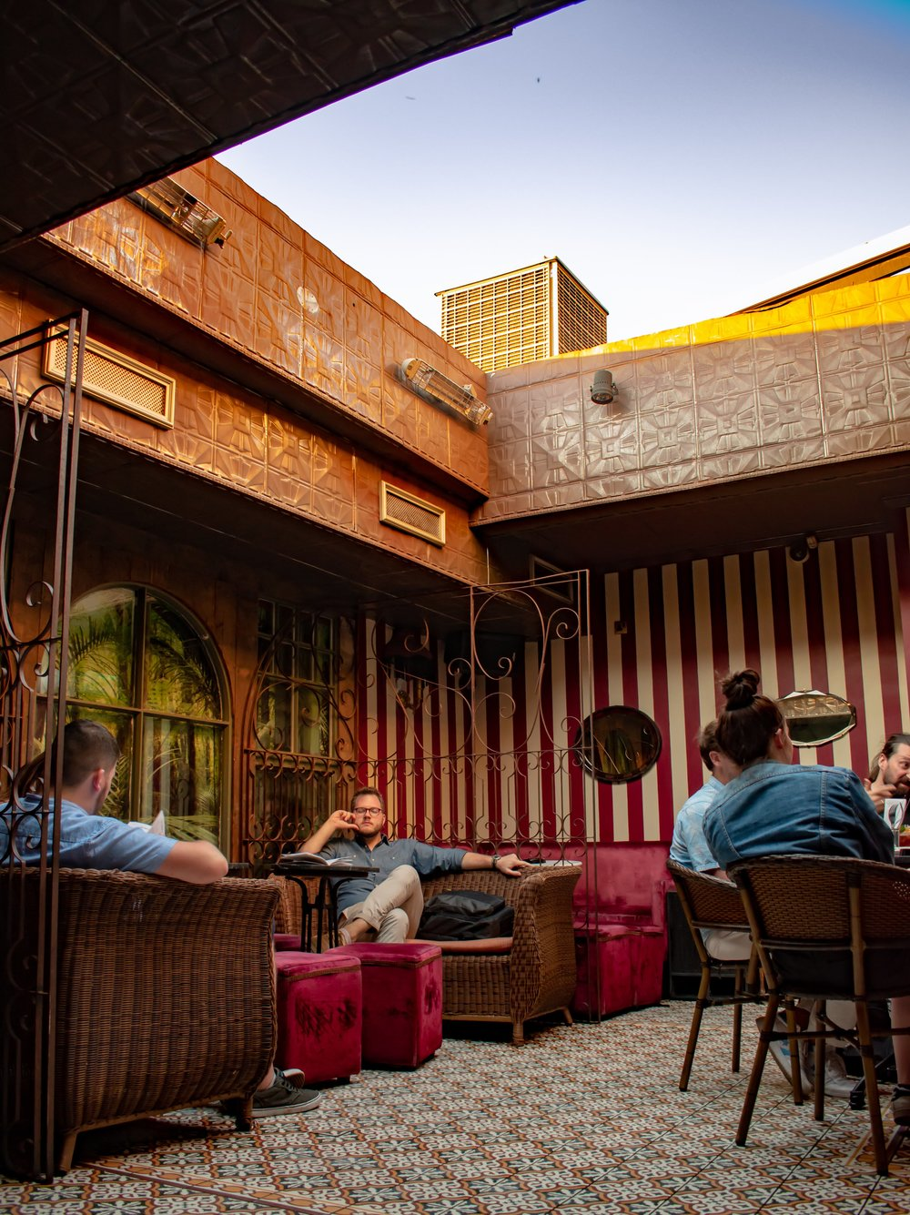 uprooted-traveler-dublin-rooftop-vintage-cocktail-club-ireland-vegan-guide.jpg