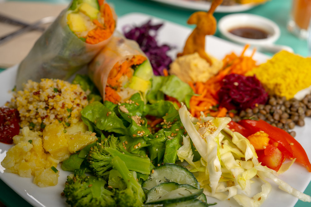 uprooted-traveler-paris-cafe-ginger-france-spring-roll.jpg