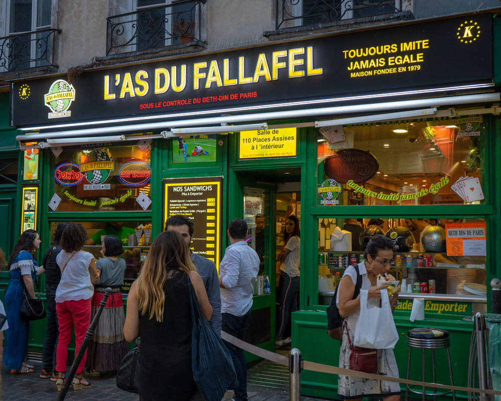 uprooted-traveler-paris-exterior-vegan-l'as-du-falafel.jpg