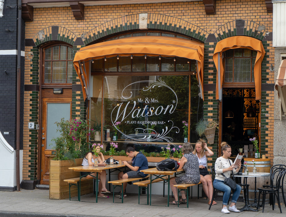 Uprooted-Traveler-Amsterdam-mr-and-mrs-watson-vegan-guide-exterior.jpg