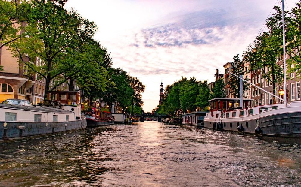 Uprooted-Traveler-Amsterdam-1085.jpg