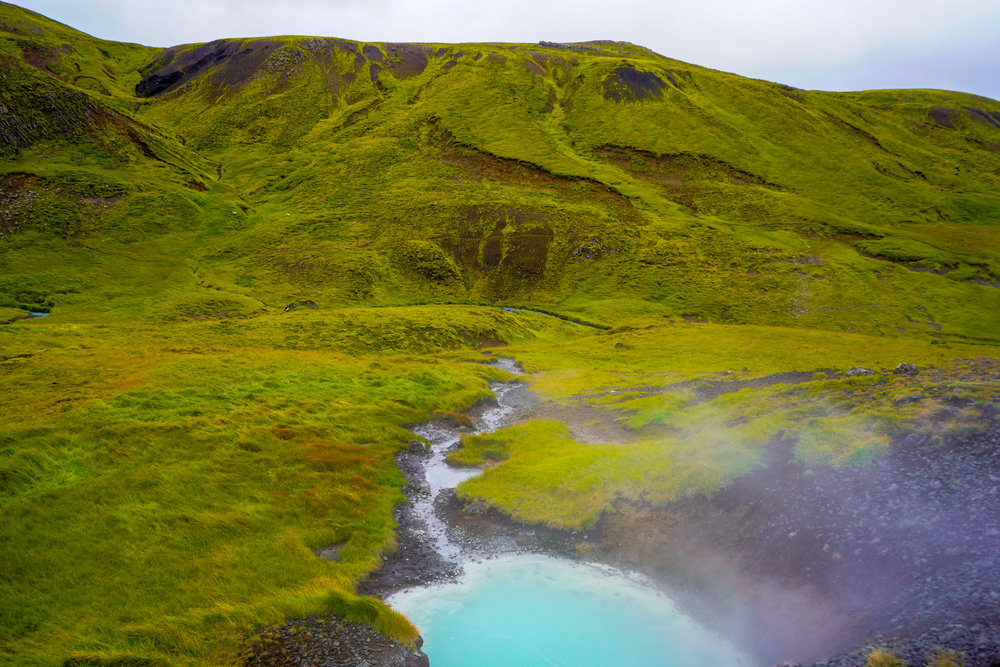 uprooted-traveler-iceland-Reykjadalur-hot-springs-paint-pot.jpg