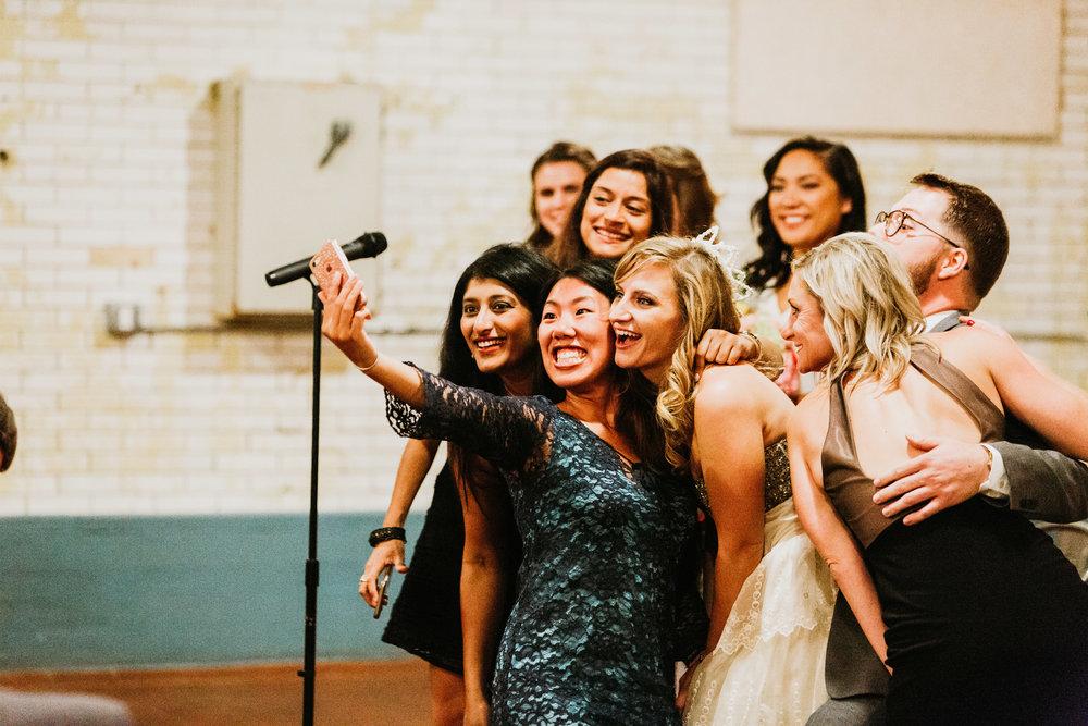 uprooted-traveler-traditional-vs-vegas-wedding-altar-selfies.jpg