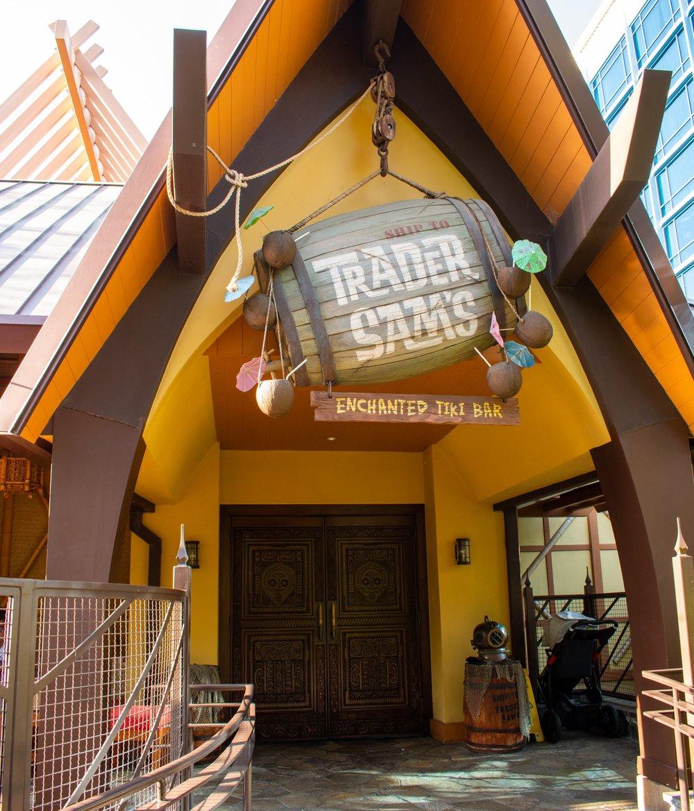 Uprooted-Traveler-Vegan-Disney-Land-trader-sam's-enchanted-tiki-bar-disneyland-hotel.jpg