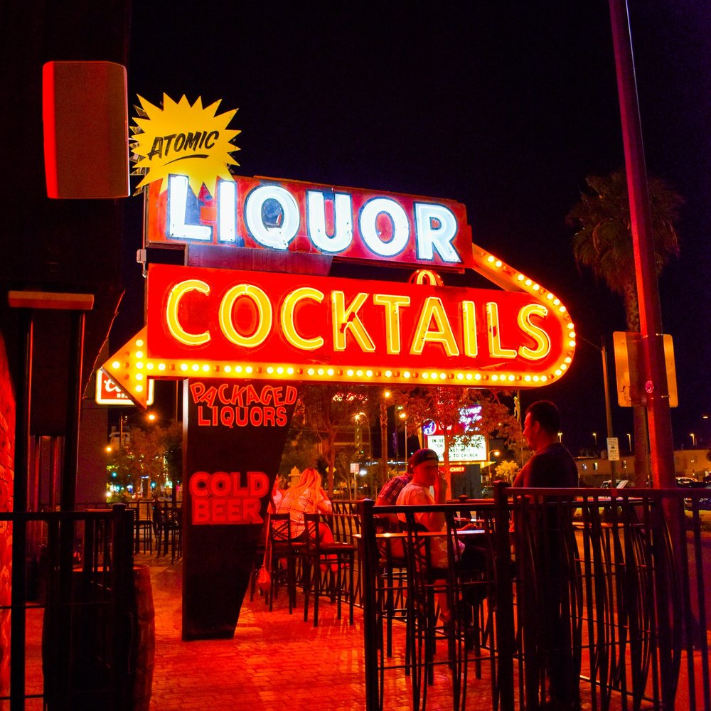 Uprooted-Traveler-Vegan-on-Fremont-Street-Las-Vegas-atomic-liquors-patio.jpg
