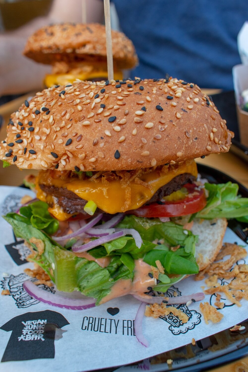 Uprooted-Traveler-Amsterdam-sumo-burger-vegan-junk-food-bar-guide.jpg