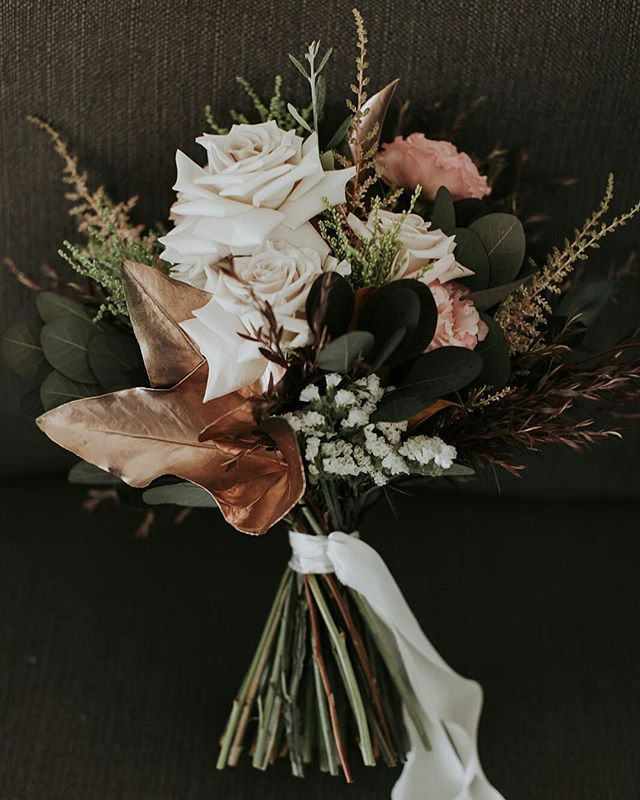 Been a little quiet over here lately. Busy busy busy #forgiveme // . . . . #prophire #styling #floraldesign #floristry #flowers #events #parties #engagements #weddings #sydney #lunarandfox