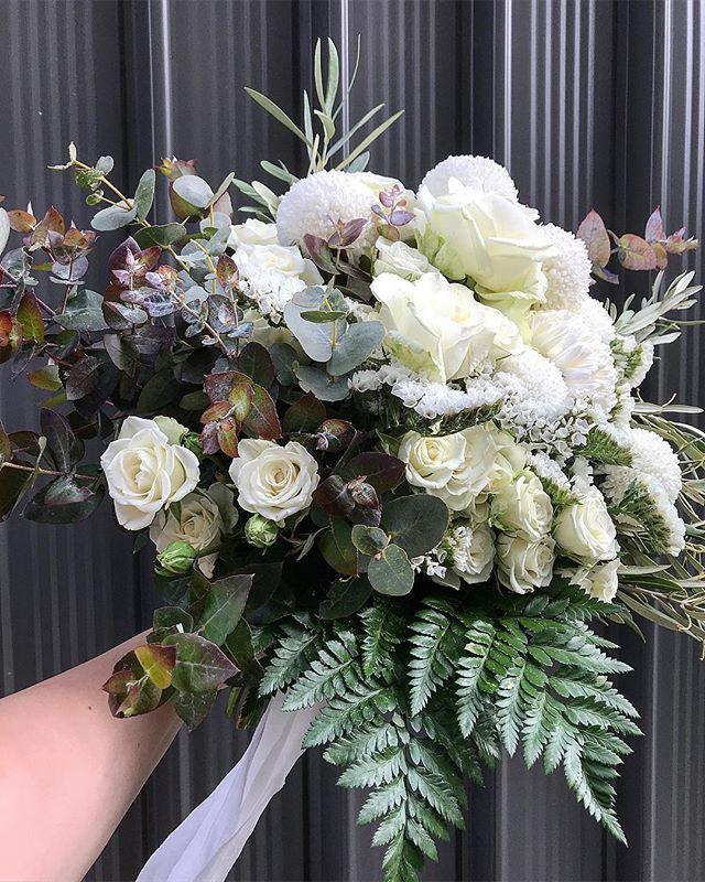C a r m e l i n a - for our stunning bride // @hairbycarmelina // . . . . . #prophire #styling #floraldesign #floristry #flowers #events #parties #engagements #weddings #sydney #lunarandfox