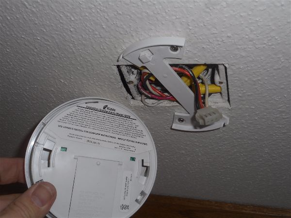 Improper smoke alarm replacement
