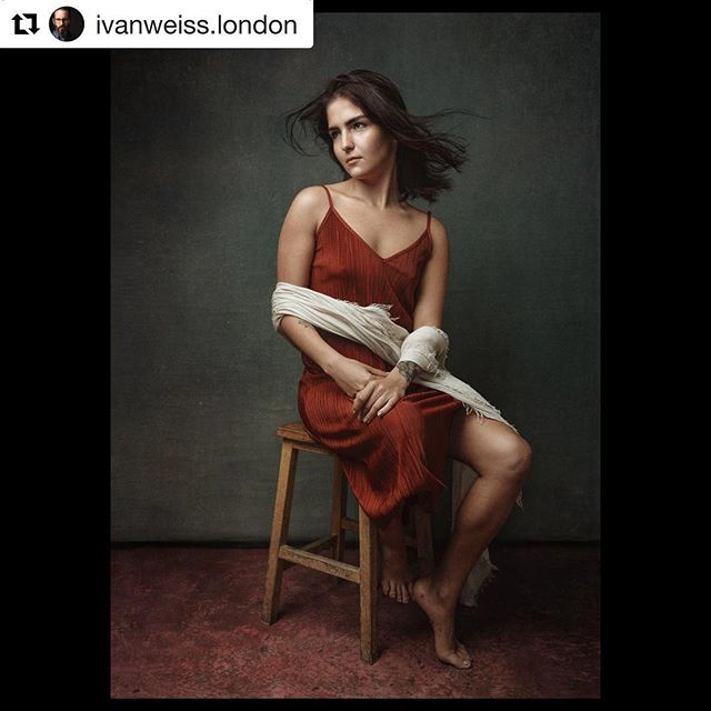 #Repost @ivanweiss.london with @get_repost ・・・ More from my shoot with @nazcelebi I didn't study art during those years I lived in Florence. But I think some of it went in by osmosis. . . . . . #madeinaffinity #fineart #fineartphotography #artoftheday #instaart #portraitphotography #renaissanceart #portraits #portraiture #portraitpage #portraitmood #makeportraits #ポートレート #portrait_perfection #portrait_shots #portraits_ig #rsa_portraits  #pursuitofportraits #postthepeople #retrato  #headshotcrew365 #headshotcrew