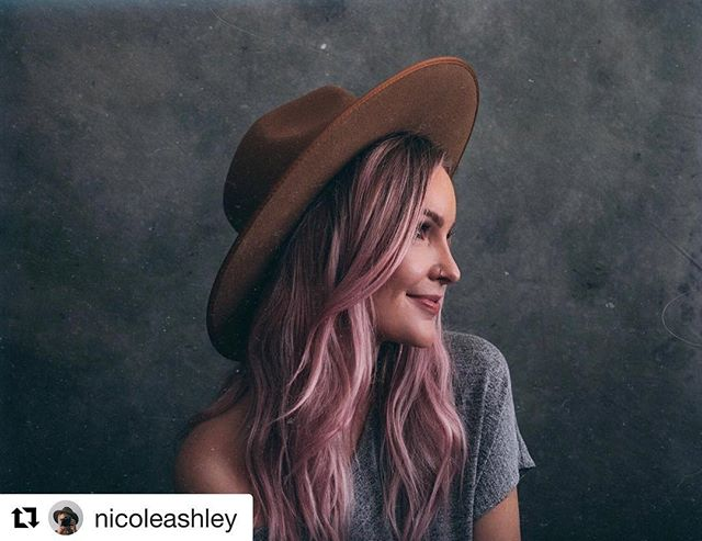 ❤️❤️❤️❤️ #Repost @nicoleashley with @get_repost ・・・ Hey hey! There's a lot of new faces around here so I thought I would re-introduce myself and find an excuse to finally try the wifi on my camera and test out my @parkerbackdrops (which hi I'm obsessed). My name is Nicole and I'm a professional photographer based out of Edmonton Alberta 💗 Rather than telling you a bunch of little facts about me I thought I would share facts that would be useful to you! 1. Temporary hair colour will make you feel cooler than you are.  2. If you're not watching @schittscreek you're doing life wrong. So good 🙌🏻 3. Plane tickets are typically cheaper if you fly out on a Tuesday. 4. @doscrestaurant has delicious vegetarian options and their atmosphere is dope ⚡️ 5. Your phone will charge faster on airplane mode. 6. @lackofcoloraus makes the best hats. 7. Rolling your clothing instead of folding them will save you way more room in your luggage. 8. The most garbage hour of the day is 3:00pm. This is when your body starts to shut down and wants to nap, yet panic sets in as you've realized most of the day is gone.  It's also the precursor to rush hour traffic. Knowing it's a garbage hour is the first step in avoiding it or planning fun things during it. 9. San Franciso is my favourite place on earth. If you haven't been, it's a must. It  will change you. 10. I have control issues and prefer self timers over humans Retouched with @nicoleashleypresets 🌈#themoreyouknow #lifehacks #yeg #life
