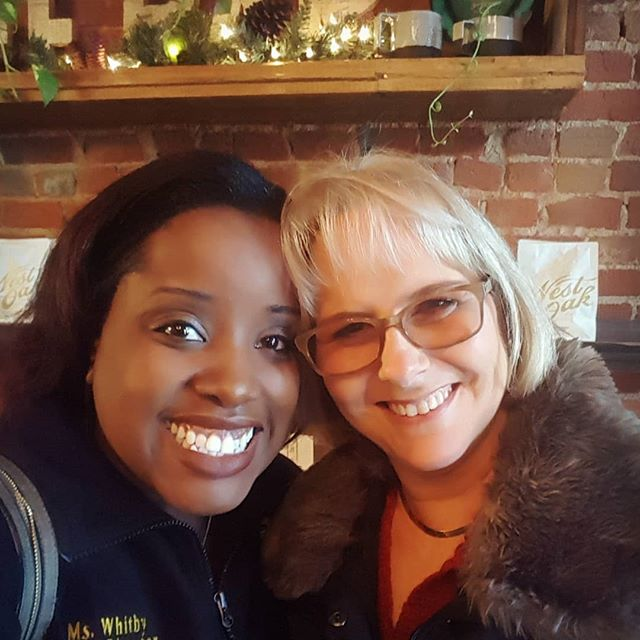 I just love my Debbie! I'm so grateful to be blessed with such amazing friends. It's been years but she's still just as awesome as the day I met her. #debbie #singitalways 😂😂🤣🤣🤣
