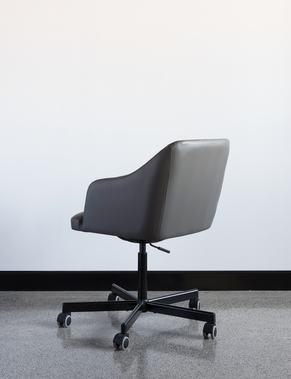 Grigio chair – Custom designed / created office chair