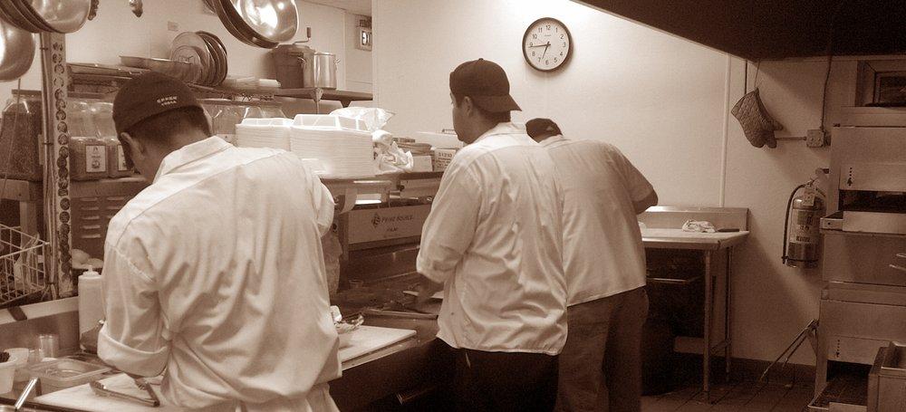 pizzeria-aroma-kitchen.jpg