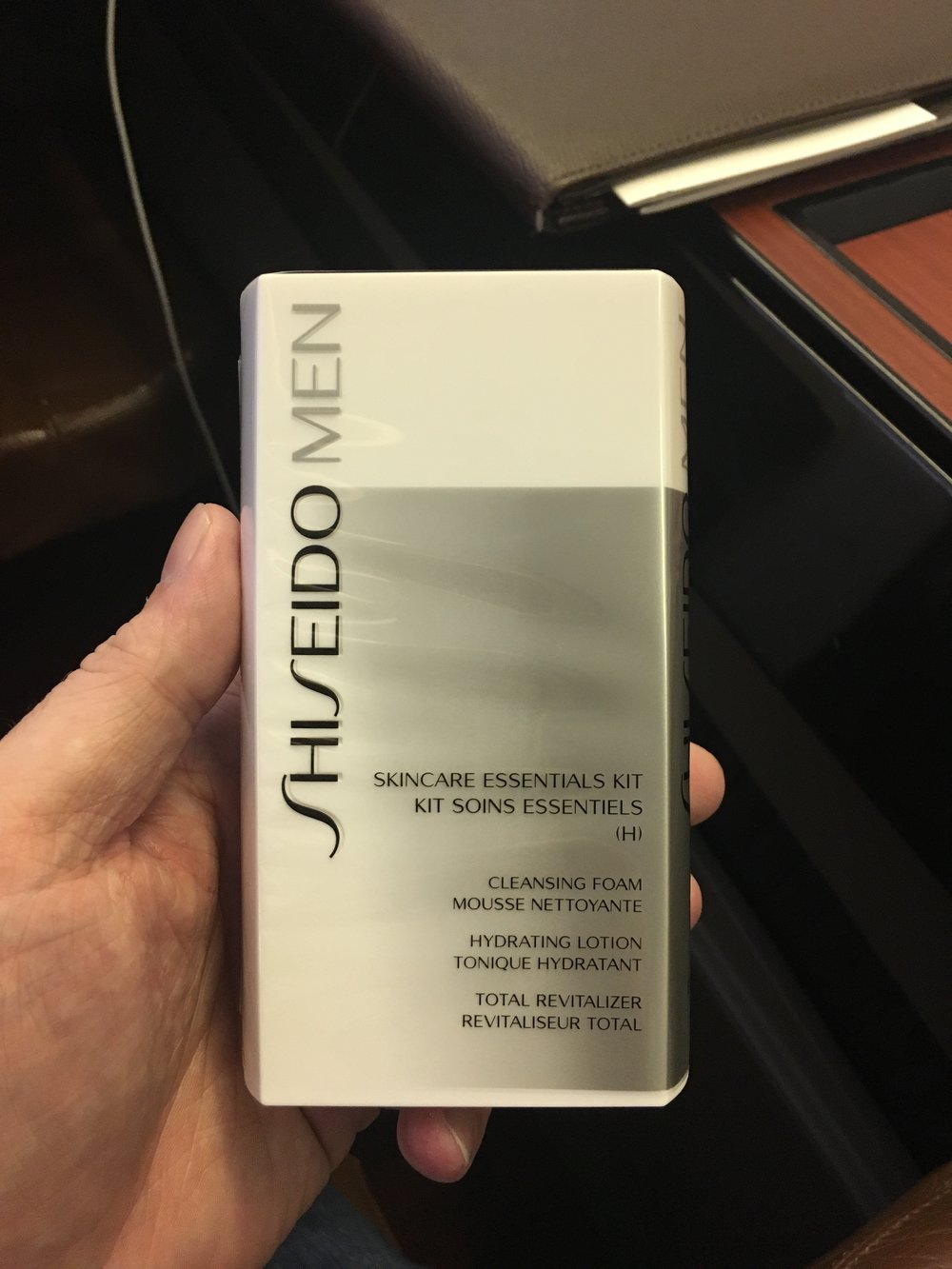 A very nice touch (though I didn't open it on the flight rather have used it at home since) of a Shiseido men's skin care kit