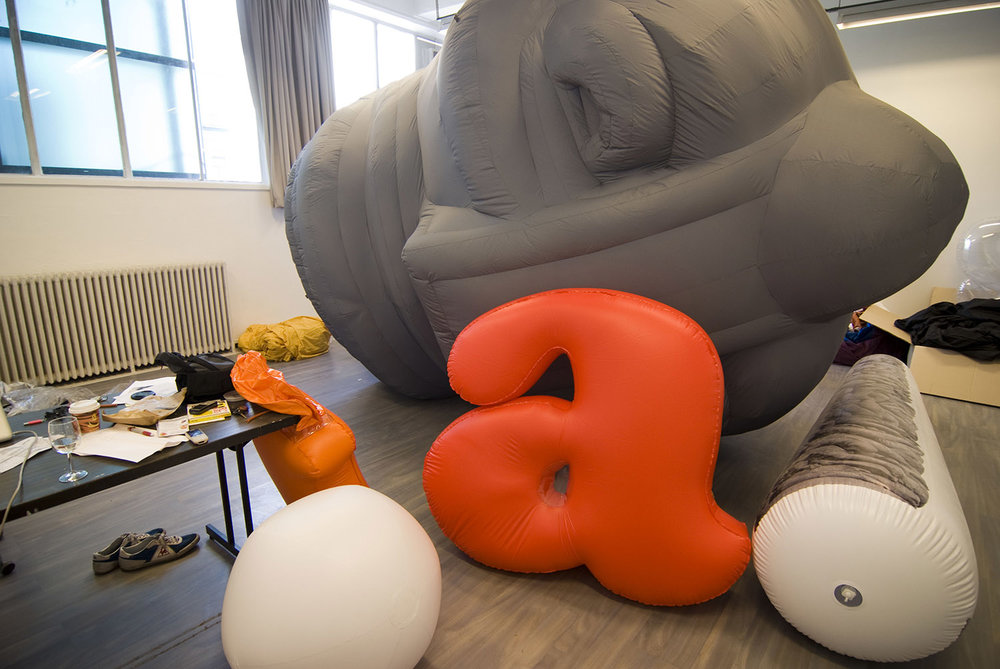 giant-bowl-inflatable-sculpture-50.jpg