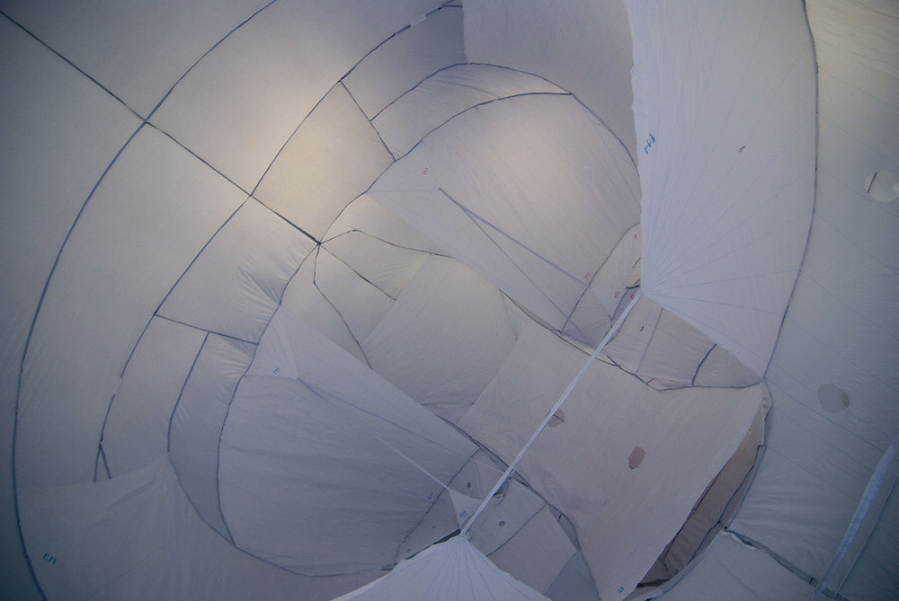 giant-bowl-inflatable-sculpture-52.jpg
