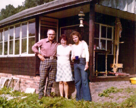 David Snr (left) and Campbell (right) with an unknown woman.