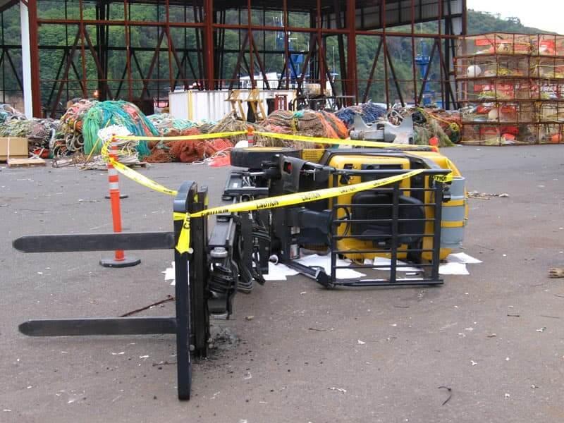 Forklift-Tip-Over.jpg