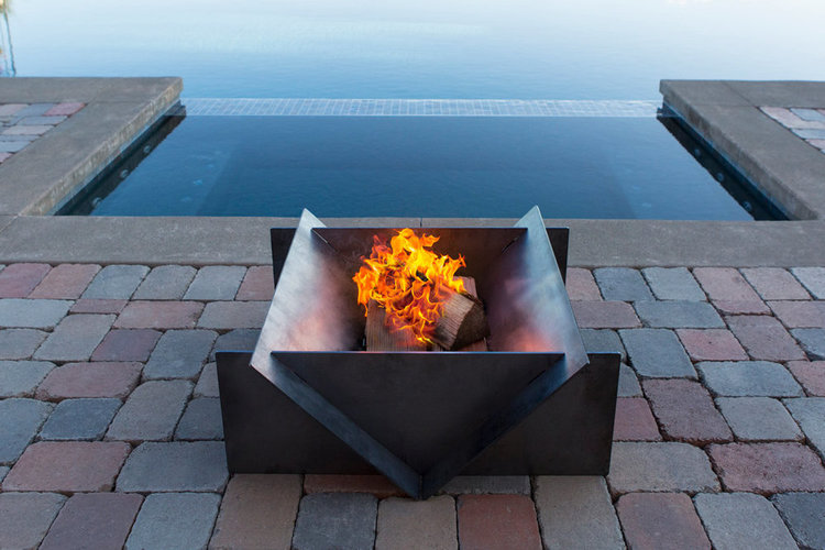 Stahl Fire Pit