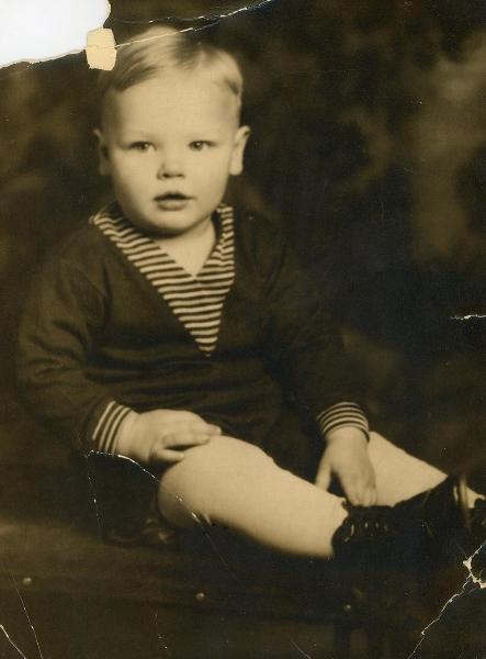 Grandpa Walter taken around 1928-29. Personal collection of Owen M. McCafferty II ©2018