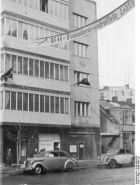""""""" Litzmannstadt, Einwanderer-Zentralstelle Nord-Ost""""  The EWZ office in Litzmannstadt, West prussia, 1939. Via the Bundesarchiv"""