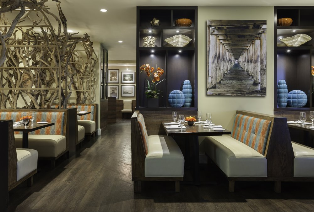 MH_FLLOF_Restaurant_Interior a.jpg