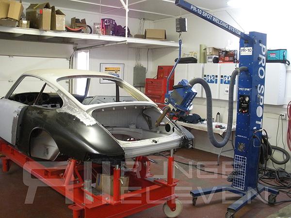 Porsche 911 Runge Coachwork Celette 10.jpg