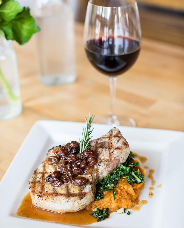 Put our dishes to the test this #winewednesday we love our pork chop with mashed sweet potatoes on our dinner menu!