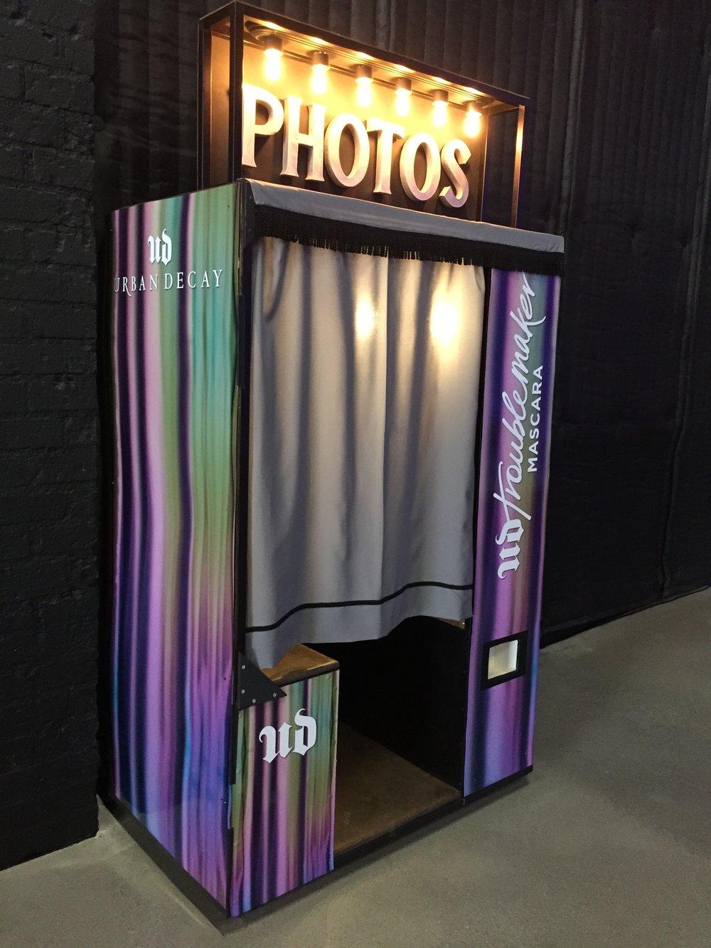 custom-vinyl-wrap-photo-booth-san-diego.jpg