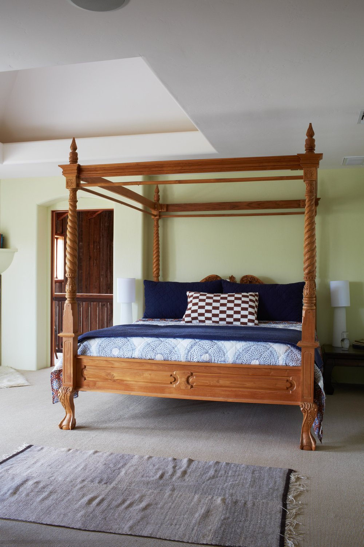 InnParadiso_Carlo.bed.jpg