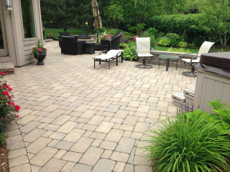 Hardscape, Paver Patio Installation in Glencoe, IL, Glenview, IL ...