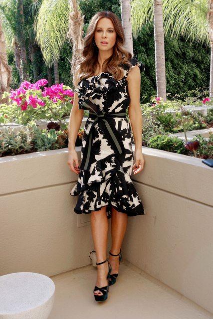 Kate Beckinsale wears Opia