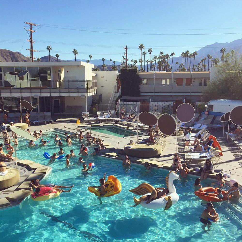 V23_Creative_Co_Designer_Vaca_Ace_Hotel_Palm_Springs_California_08.jpg