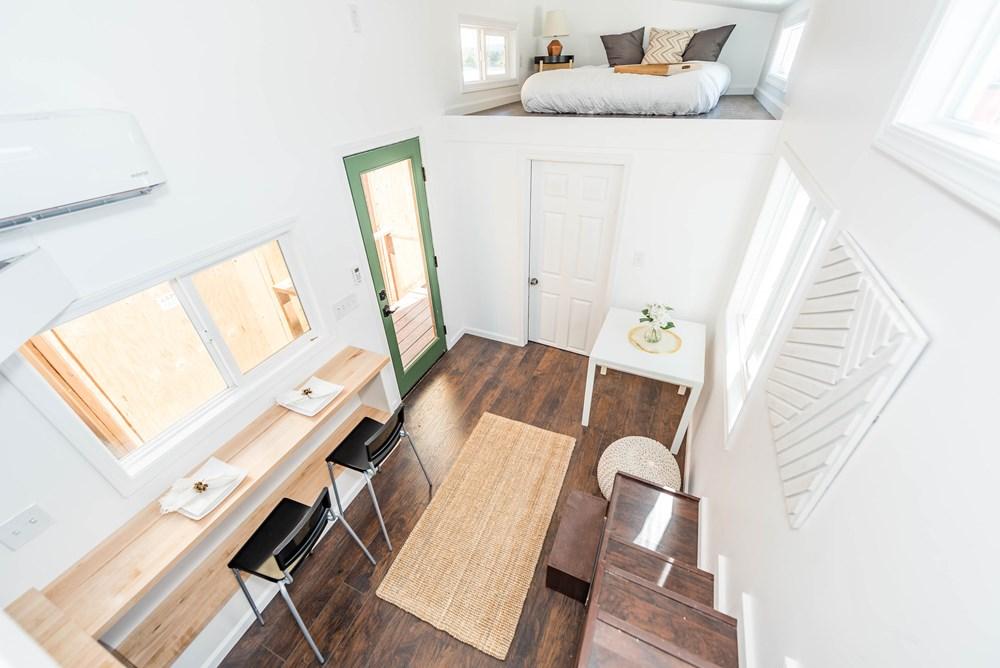 modern-caravan-tiny-house-11.jpg
