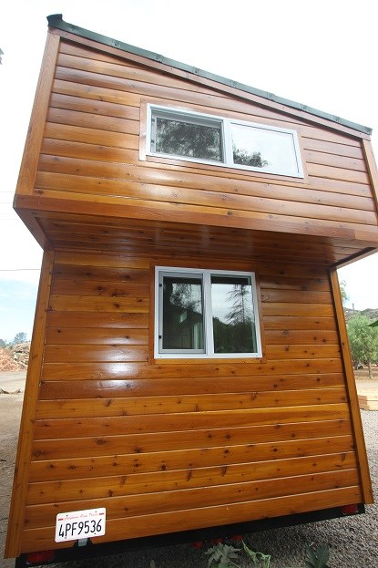 modern-caravan-tiny-house-26.jpg