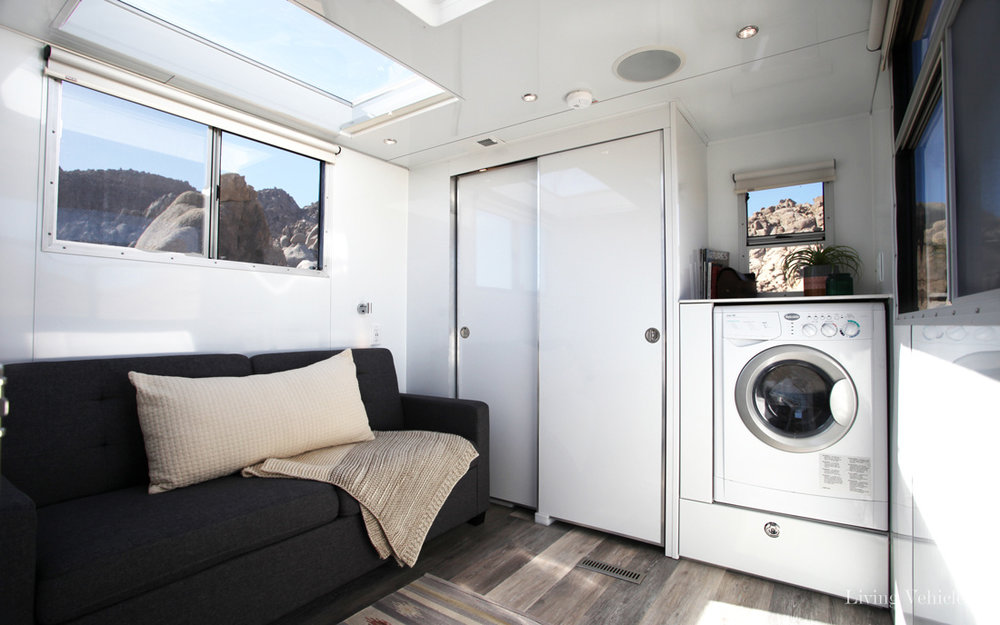 living-vehicle-tiny-house-15.jpg