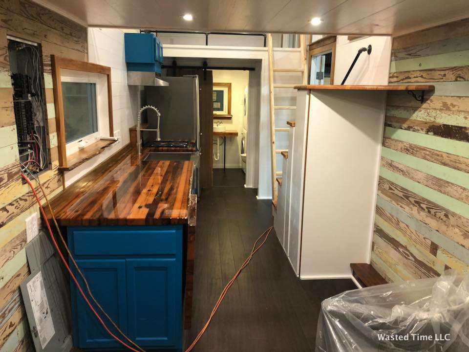 28-wasted-time-tiny-house-5.jpg
