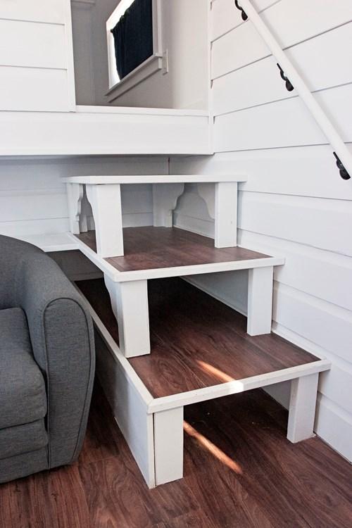 Leander-tiny-house-14.jpg