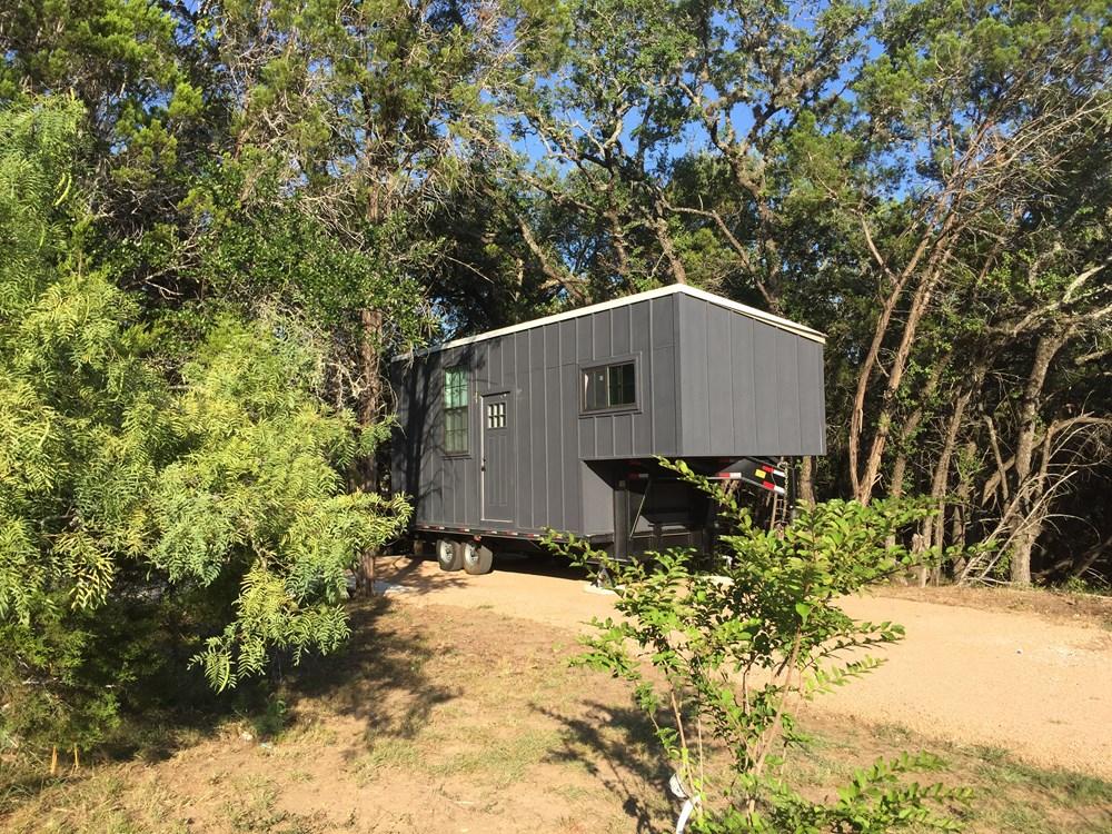Leander-tiny-house-2.jpg