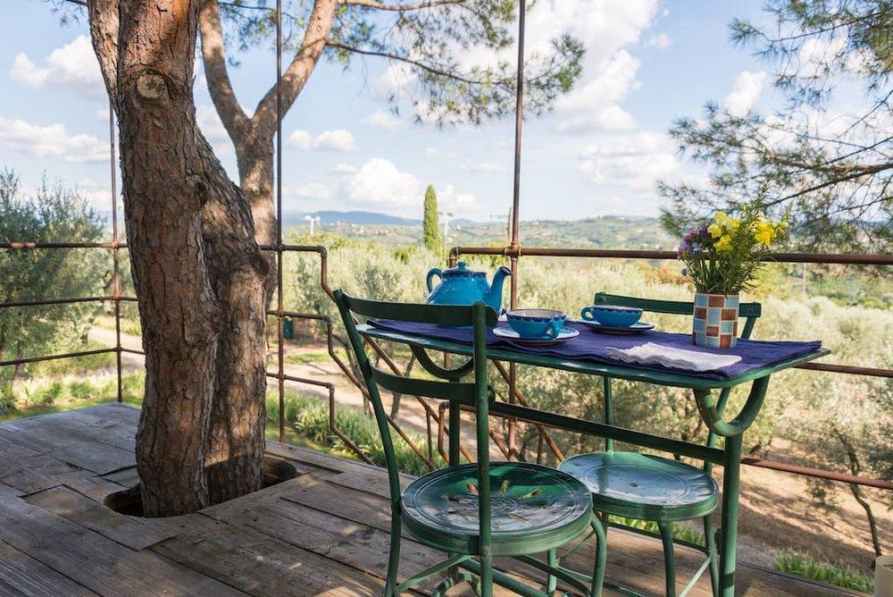 casaBARTHEL-tuscan-treehouse-7.jpg