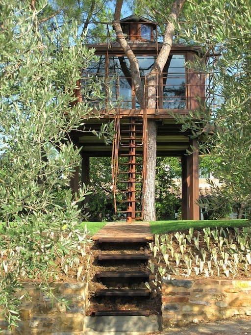 casaBARTHEL-tuscan-treehouse-25.jpg
